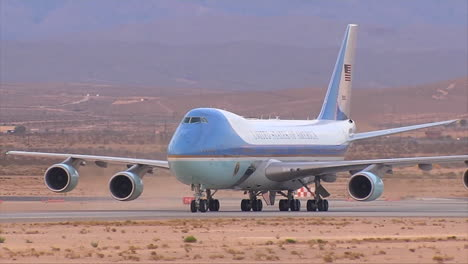 Air-Force-One-Taxis-On-A-Desert-Runway