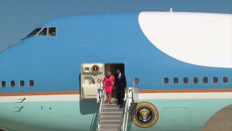 President-Obama-Exits-Air-Force-One-At-Whiteman-Air-Force-Base-In-Missouri