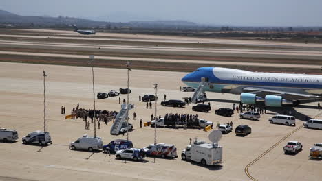 President-Obama-Meets-With-Admirers-At-An-Airport-Near-Air-Force-One