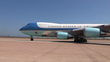 Air-Force-One-Taxis-Out-To-The-Runway-At-An-Airport