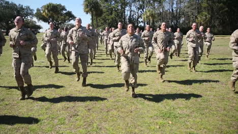 Female-Soldiers-In-Basic-Training-Do-Exercises-On-An-Outdoor-Field