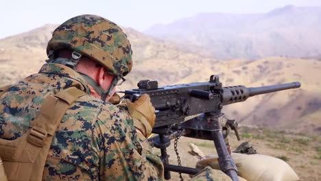 Us-Marines-Practice-Firing-Machine-Guns-In-Battlefield-Exercises-8