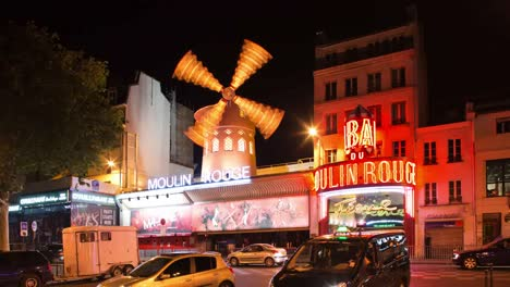 Moulin-Rouge-00