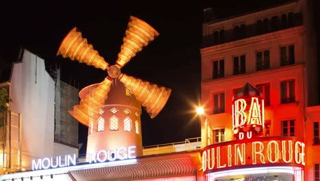 Moulin-Rouge-02