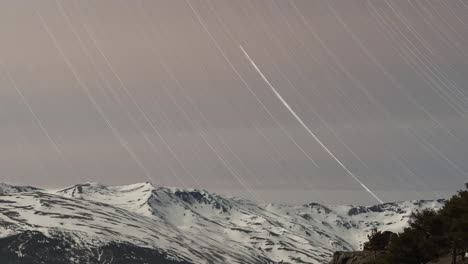 Mountain-Stars-Trails-00
