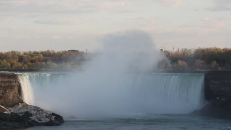 Niagara-Falls-Shoehorn-Steam1
