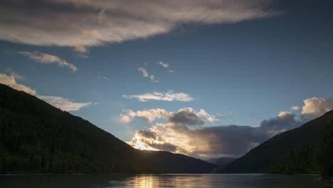 Norway-Amazing-Sunset-01
