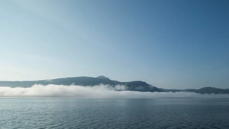 Norway-Cloud-Floating-00