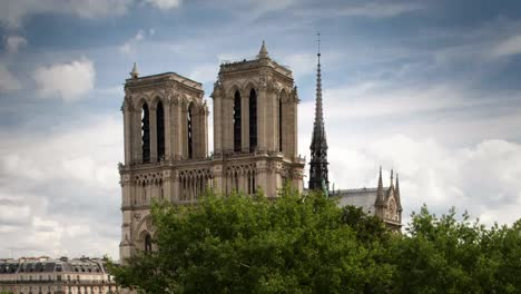 Notre-Dame-Version-00