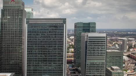 Canary-Wharf-London-Pan-00