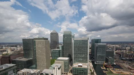 Canary-Wharf-London-Pan-03