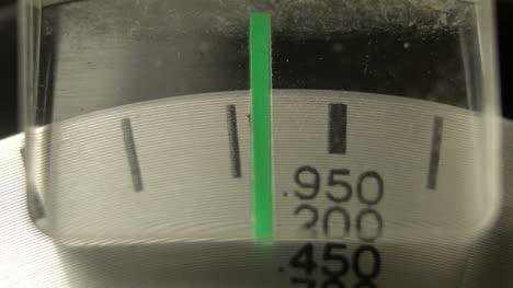 Radio-Dial-Close-02