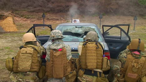 Police-And-Army-Officials-Are-Taught-How-To-Fire-Through-The-Windshield-Of-A-Car-At-A-Potential-Criminal-4