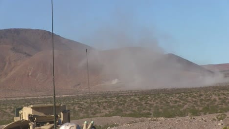 Us-Army-Tanks-Fire-In-The-Desert