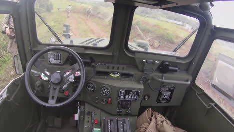 A-Self-Driving-Army-Jeep-Is-Tested-In-The-Field