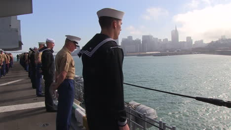 Marines-And-Sailors-Man-The-Rails-As-They-Enter-San-Francisco-Harbor-3