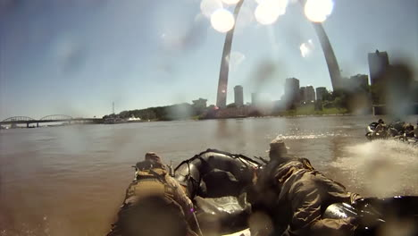 Us-Army-Commandos-Invade-St-Louis-In-A-Mock-Exercise