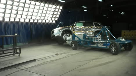 The-National-Highway-Transportation-Safety-Board-Crash-Tests-A-2014-Toyota-Highlander