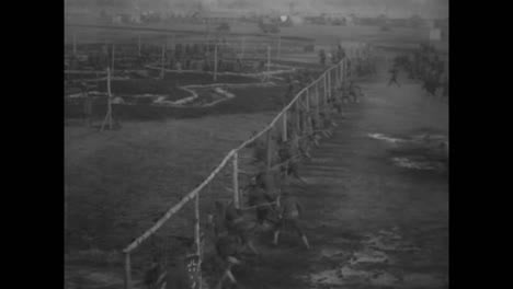 Good-Shots-Of-Troops-Preparing-For-Battle-In-World-War-One-1