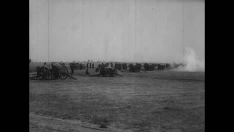 Good-Shots-Of-Troops-Preparing-For-Battle-In-World-War-One-3