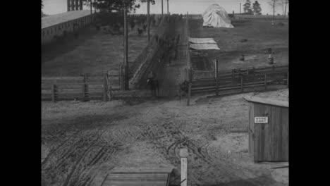 Buenas-Tomas-De-Jinetes-Del-Ejército-Estadounidense-Preparándose-Para-La-Batalla-En-La-Primera-Guerra-Mundial-1