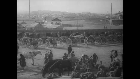 Russian-Peasants-On-The-Streets-Of-Vladivostok-Siberia-Russia-In-1918