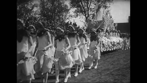 The-4Th-Annual-Apple-Blossom-Festival-In-Winchester-Virginia-In-1927-Vice-President-Charles-Dawes-Is-Profiled