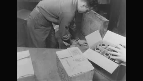 Blut-Wird-Während-Des-Zweiten-Weltkriegs-Von-Einer-Blutbank-In-Italien-An-Bedürftige-Auf-Dem-Feld-Geliefert