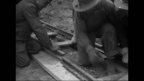1914-Railroads-And-Roads-Are-Built-In-America-By-Hand