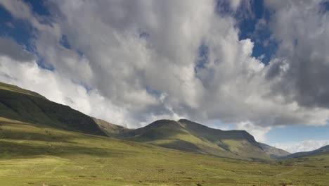 Scotland-Hills-01