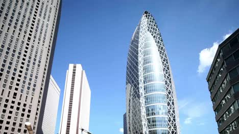 Shinjuku-Offices-Pan-01