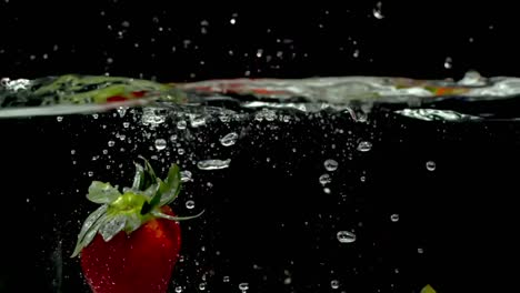 Slow-Motion-Strawberry-02