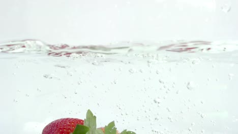 Slow-Motion-Strawberry-06