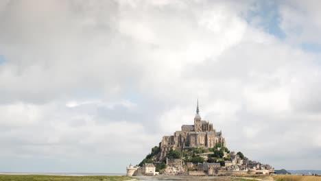 St-Michel-Timelapse-00