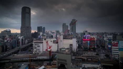 Torre-Tormentosa-Tokio-00