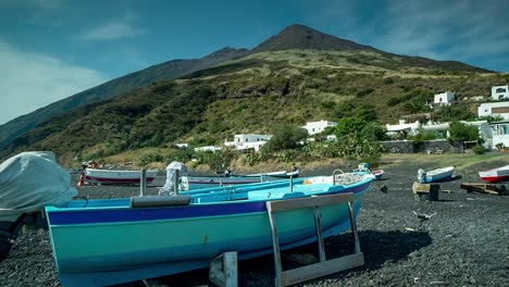 Stromboli-Boat-02