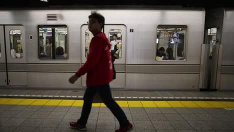 Tokyo-Metro-People3