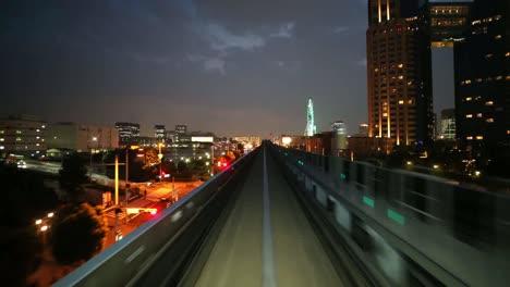 Tokyo-Monorail-00-1