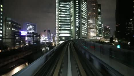 Monorriel-de-Tokio-04