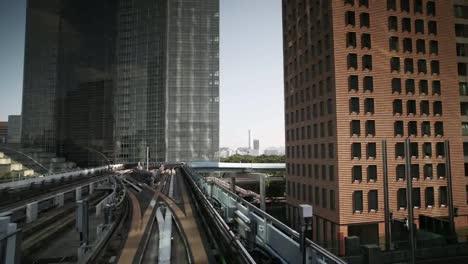 Tokyo-Monorail-12