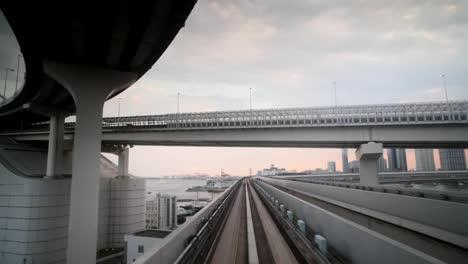 Tokyo-Monorail-18