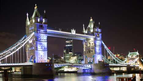 Tower-Bridge-Dark-00