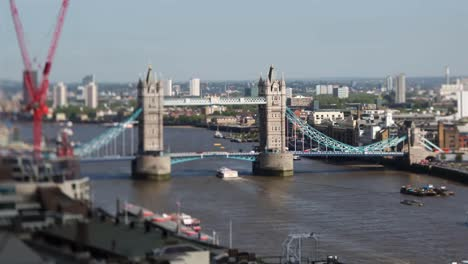 Tower-Bridge-View-00
