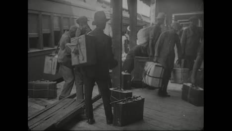 Thousands-Of-Germans-Are-Deported-From-America-During-World-War-One