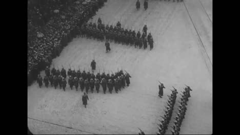 Huge-Parades-Of-Soldiers-In-American-Cities-Prior-To-World-War-One-2