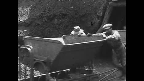 Escenas-De-Una-Mina-Italiana-En-1914