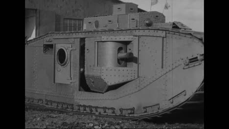 Los-Tanques-Se-Prueban-Por-Primera-Vez-En-La-Primera-Guerra-Mundial-3