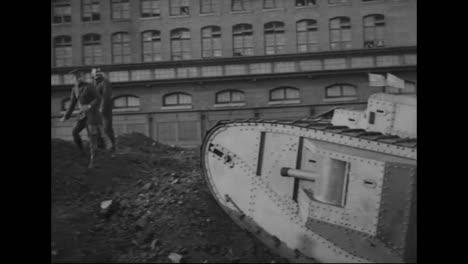 Los-Tanques-Se-Prueban-Por-Primera-Vez-En-La-Primera-Guerra-Mundial-4
