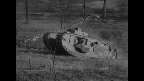 Los-Tanques-Se-Prueban-Por-Primera-Vez-En-La-Primera-Guerra-Mundial-7
