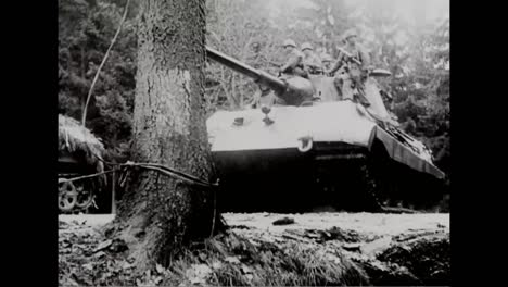 Gefangener-Deutscher-Kriegsfilm-Zeigt-Deutsche-Truppen-Ende-1944-In-Der-Offensive-Und-Auf-Dem-Schlachtfeld